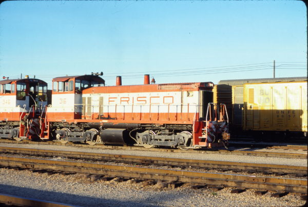 SW1500 316 at Memphis, Tennessee in December 1980 (Alton Lanier)