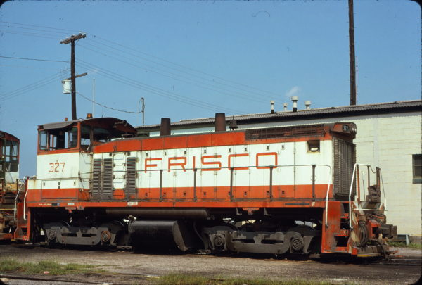 SW1500 327 at Birmingham, Alabama on August 29, 1976