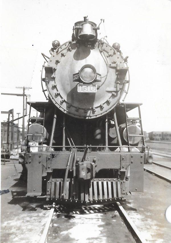 4-8-2 1516 at St. Louis, Missouri on September 21, 1938