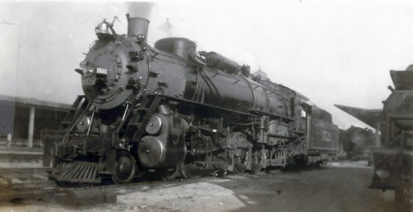 4-8-2 1521 at Birmingham, Alabama in December 1937