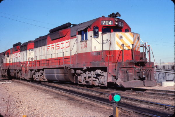 GP35s 704 and 713 at Tulsa, Oklahoma on December 29, 1976 (John Nixon)