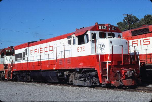 U30B 832 at Kansas City, Missouri on July 6, 1980 (James Primm II)