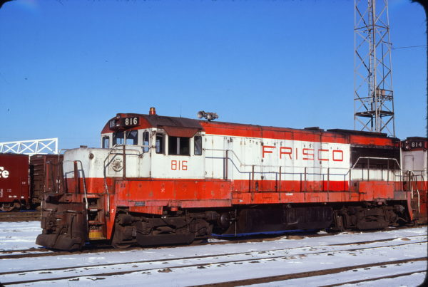 U25B 816 at Kansas City, Missouri on December 9, 1978 (John Primm)