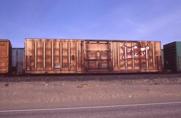Boxcar 600251 at Pasco, Washington on May 1, 1996 (R.R. Taylor)