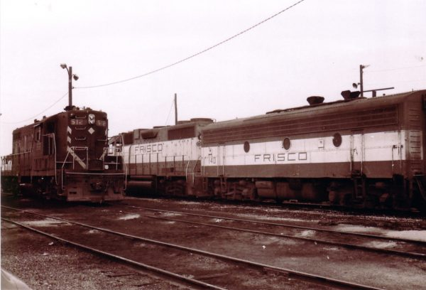 GP7 512 and F9B 140 (5140) (date and location unknown)