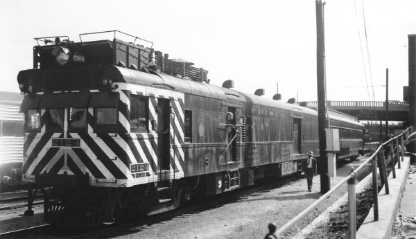 Motorcar 2124 on Train #609 at Tulsa, Oklahoma on May 22, 1949 (Arthur B. Johnson)