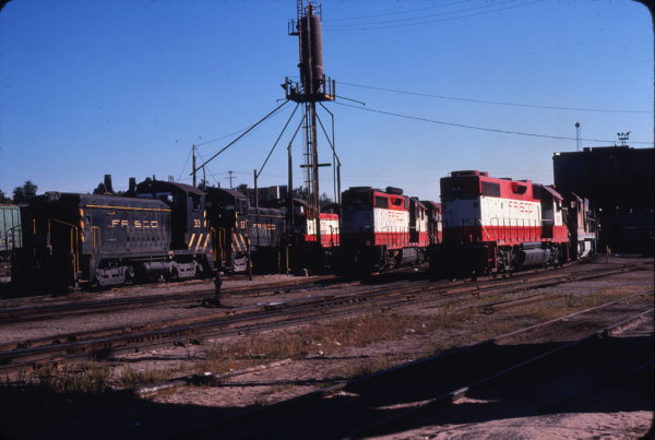 SW9s 313 and 312, GP35 706 and GP38-2 428 (location unknown) in October 1978