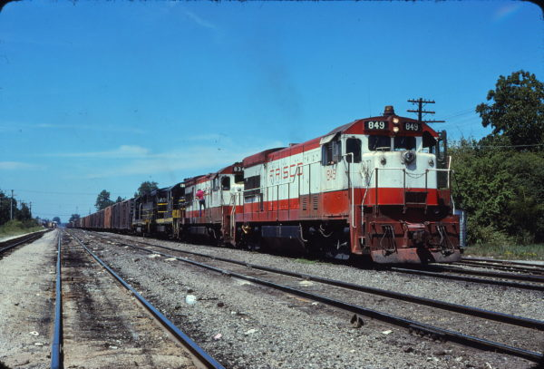 U30Bs 849 and 834 at Amory, Mississippi in August 1978 (J. Oates)
