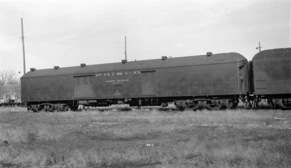 69 Foot Baggage Car 382 at Springfield, Missouri on February 17, 1963 (Arthur B. Johnson)