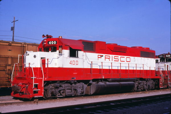 GP38-2 400 at Memphis, Tennessee in January 1981 (Lon Coone)