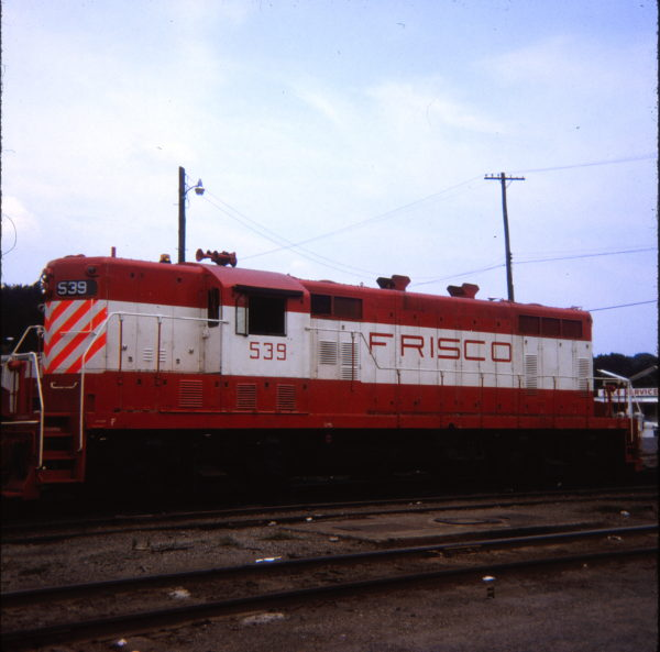GP7 539 at Chaffee, Missouri in 1970 (Ken McElreath)