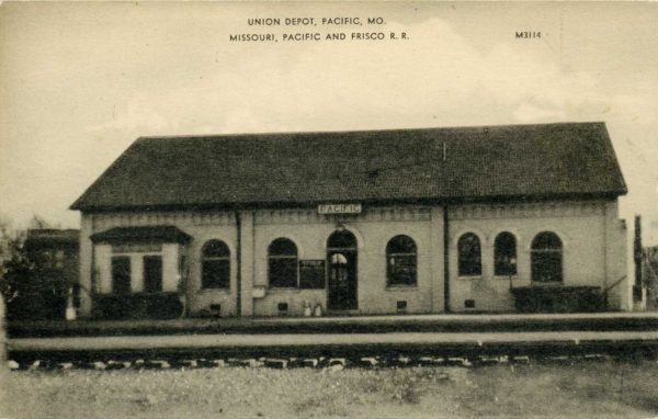 Pacific, Missouri Depot (Postcard)