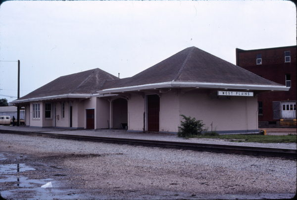 West Plains, Missouri Depot in May 1979 (Ken McElreath)