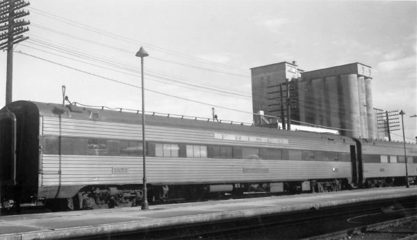 Cafe Lounge Car 1652 (Huntleigh) at Springfield, Missouri on December 17, 1967 (Arthur B. Johnson)