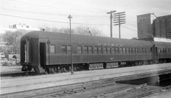 Coach 1069 at Springfield, Missouri on November 1, 1959 (Arthur B. Johnson)