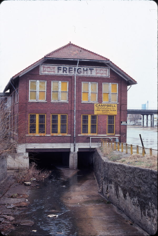 Freight House in Springfield, Missouri in March 1980 (Ken McElreath)