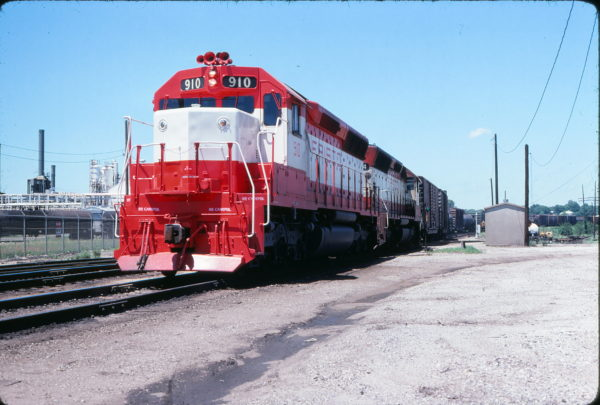SD45 910 at Tulsa, Oklahoma on May 29, 1978 (John Nixon)