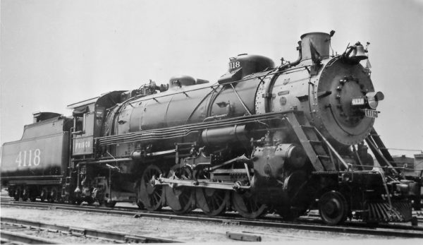 2-8-2 4118 at Tulsa, Oklahoma on May 1, 1946 (Arthur B. Johnson)