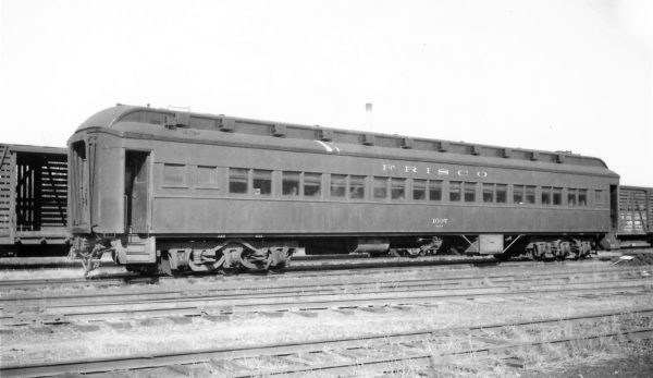 Chair Car 1097 at Springfield, Missouri on October 17, 1948 (Arthur B. Johnson)