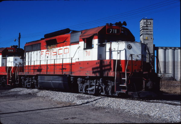 GP35 711 at Enid, Oklahoma on November 9, 1980 (Gene Gant)