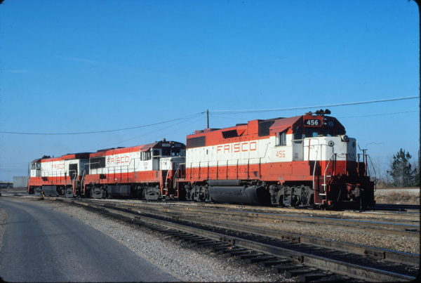 GP38-2 456, U25B 5225 (Frisco 823) and B30-7 5490 (Frisco 868) at Memphis, Tennessee on December 20, 1980 (David Johnston)