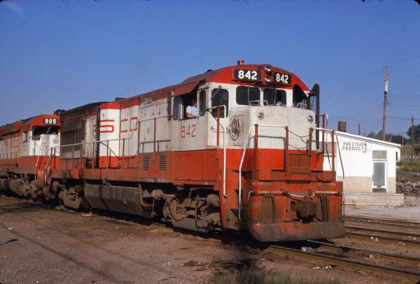 U30B 842 at Kansas City, Kansas on August 25, 1973 (John Primm)