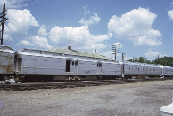 109121 at Valley Park, Missouri on July 5, 1972