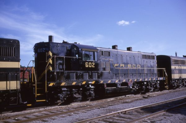 GP7 602 at Fort Smith, Arkansas on June 13, 1964 (Louis Marre)