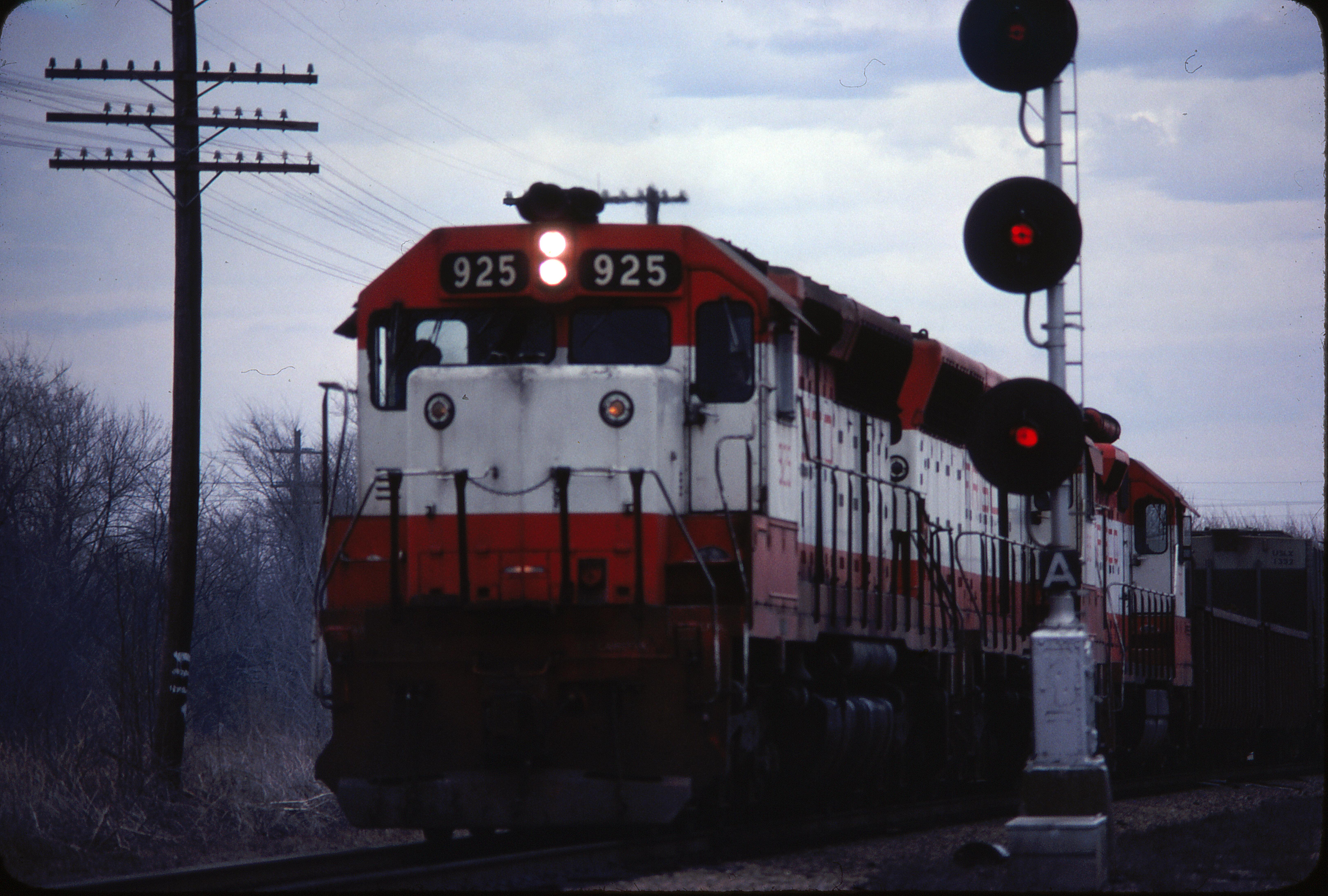 SD45 925 at Nichols Junction, Springfield, Missouri in March 1980 (Ken McElreath)