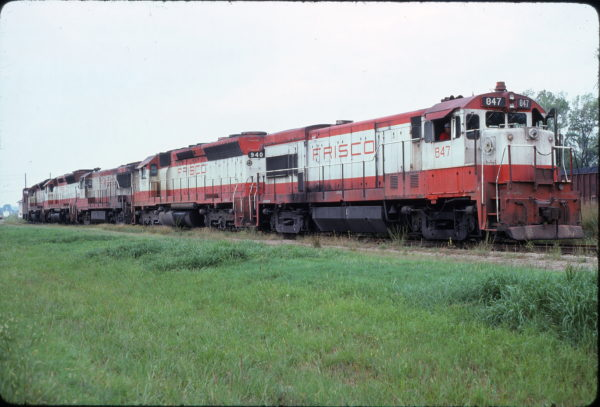 U30B 847 and SD45 940 at Chelsea, Oklahoma on August 19, 1977