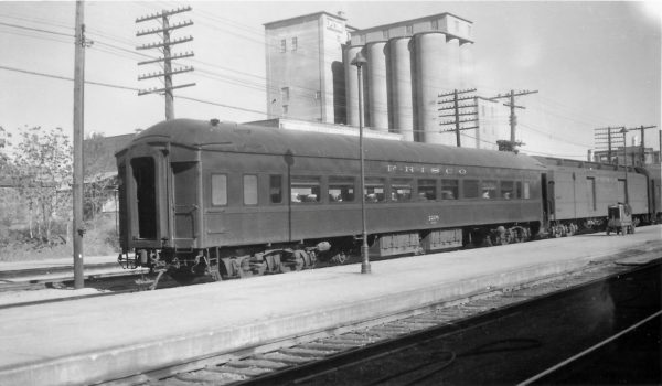 Chair Car 1208 at Springfield, Missouri on November 9, 1958 (Arthur B. Johnson)