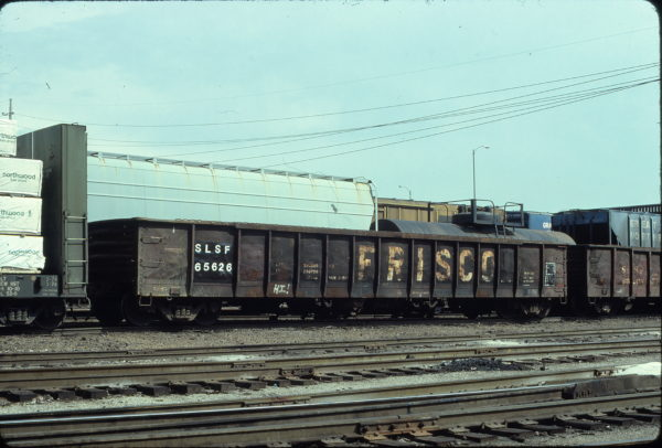 Gondola 65626 at St. Louis, Missouri in June 1981 (Ken McElreath)
