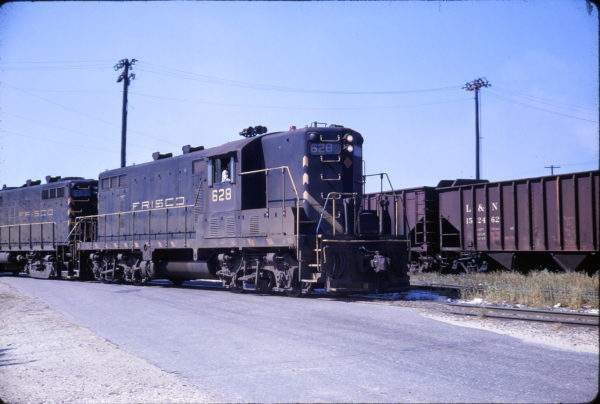 GP7 628 at Mobile, Alabama on April 26, 1969 (Conniff Railroadiana Collection)