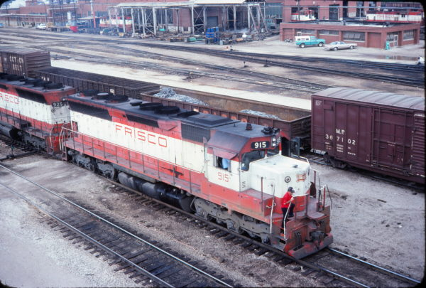 SD45 915 at Springfield, Missouri in August 1977