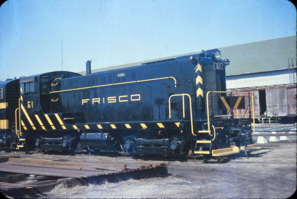 VO-660 61 (Serial #64254, Ex-AT&N 601) at Springfield, Missouri on February 25, 1961 (Later Foreman Cement #61, later Arkla Chemical Corp) (Stanley McCarthy)