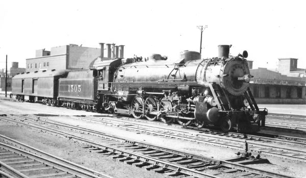 4-8-2 1505 at Tulsa, Oklahoma on April 2, 1939 (Arthur B. Johnson)