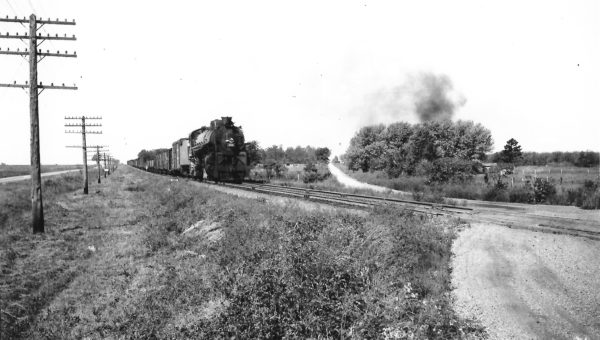 4-8-2 4418 near Marionville, Missouri on September 7, 1947 (Arthur B. Johnson)