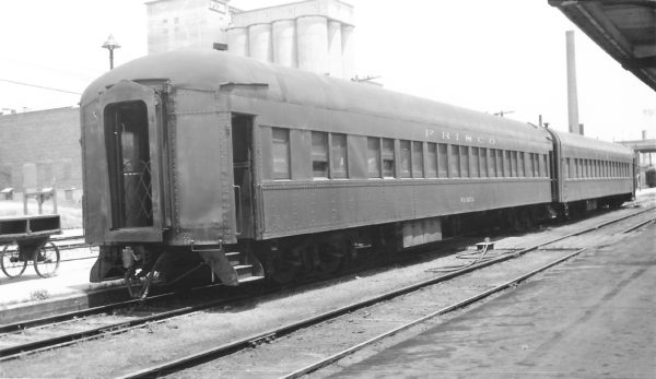 48 Seat Coach Wichita at Springfield, Missouri on June 18, 1961 (Arthur B. Johnson)