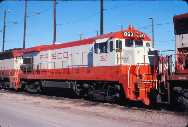 B30-7 863 at Tulsa, Oklahoma on January 8, 1978 (John Nixon)