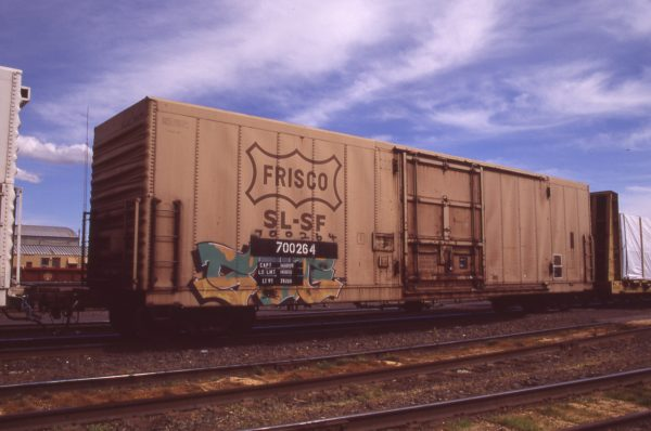Boxcar 700264 at Pasco, Washington on April 19, 1996 (R.R. Taylor)