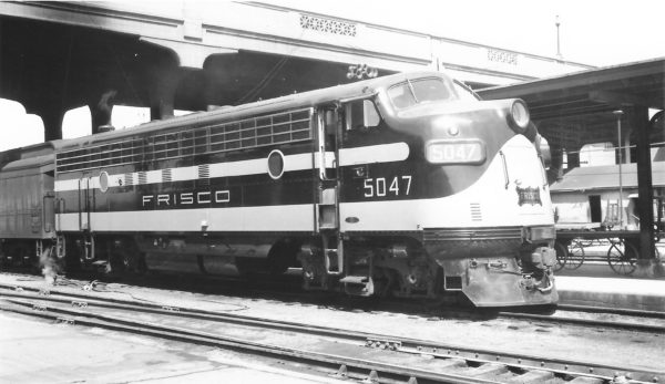 FP7 5047 at Springfield, Missouri with Train #20 on May 2, 1951 (Arthur B. Johnson)