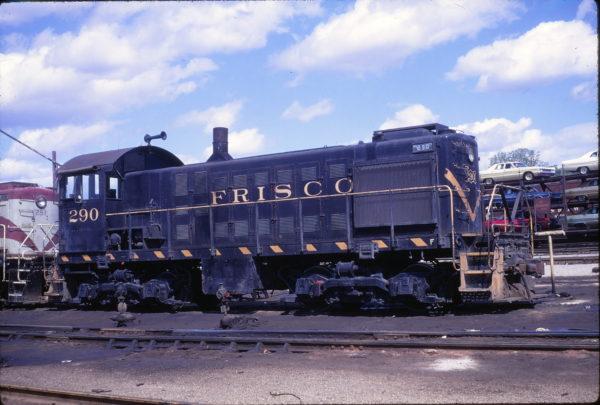 S-2 290 at St. Louis, Missouri on May 9, 1969 (Richard Wallin)