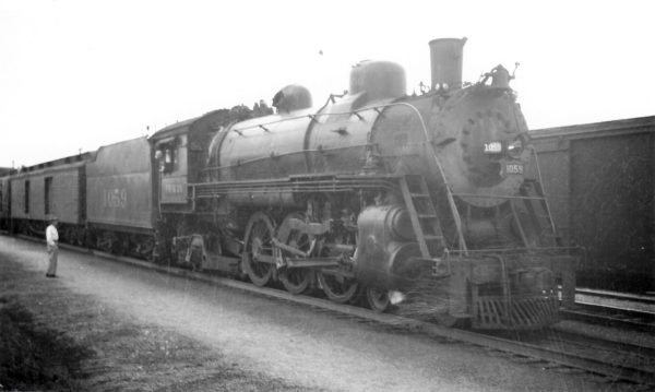 4-6-2 1059 with Train #108 at Rogersville, Missouri on April 11, 1948 (Arthur B. Johnson)
