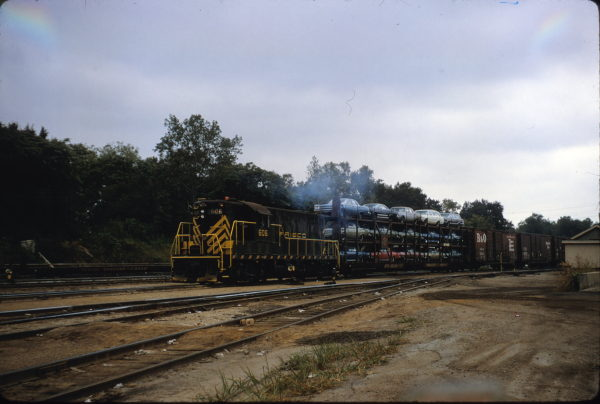 GP7 606 working a St. Louis local freight on November 18, 1967 (J.W. Stubblefield)
