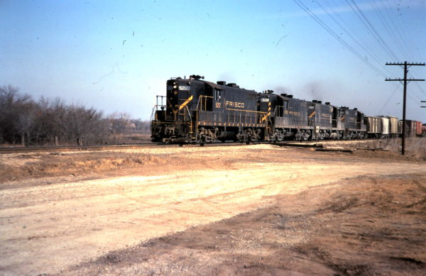 GP7s 522, 538 and 567 (date and location unknown)