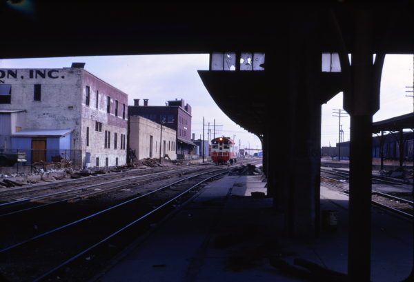 H-10-44 280 switching at Tulsa, Oklahoma Union Station in April 1972