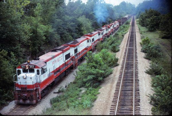 U30B 853 at Kirkwood, Missouri on August 31, 1980 (James Marcus)