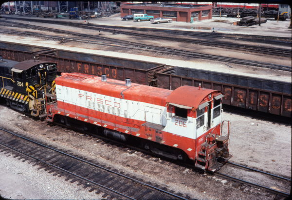 VO-1000m 206 at Springfield, Missouri in August 1977