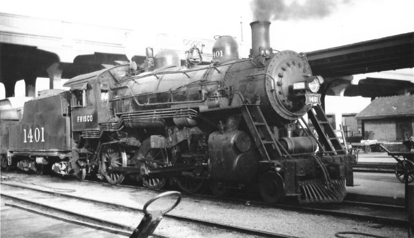 4-6-0 1401 at Springfield, Missouri on June 2, 1948 (Arthur B. Johnson)