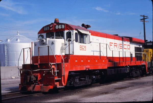 B30-7 869 at Kansas City, Kansas on September 4, 1980 (Thomas Chenoweth)